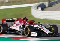 Robert Kubica encabeza la cuarta jornada de test sobre Max Verstappen