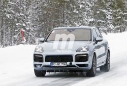 Los prototipos del Porsche Cayenne Coupé Turbo GT vuelven a posar en fotos espía