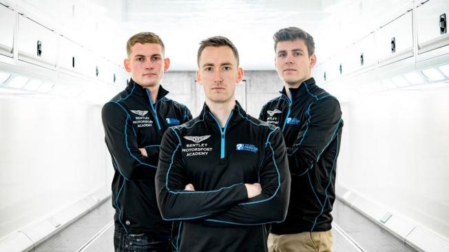 Bentley coloca a los pilotos de su 'Academy Drivers' en el Team Parker