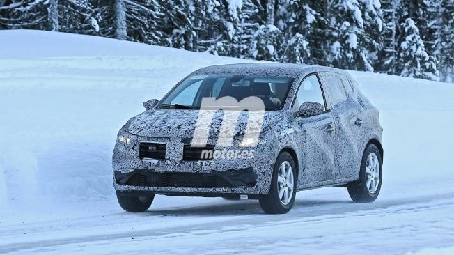 Dacia Sandero 2021 - foto espía