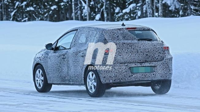 Dacia Sandero 2021 - foto espía posterior