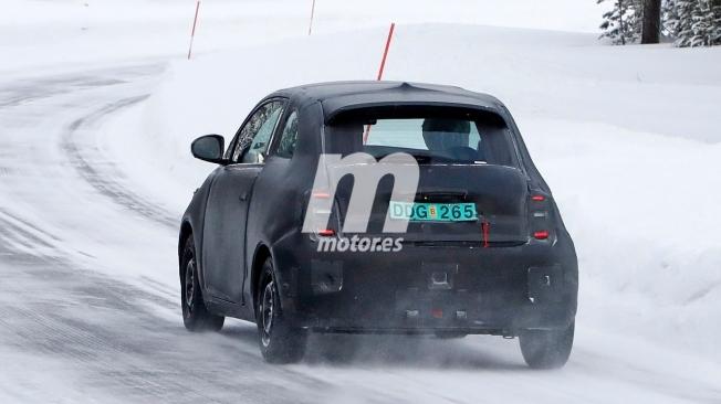 Fiat 500e 2020 - foto espía posterior