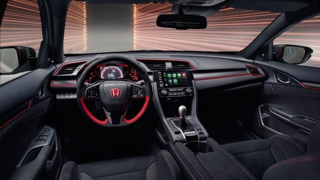 Honda Civic Type R Sport Line - interior