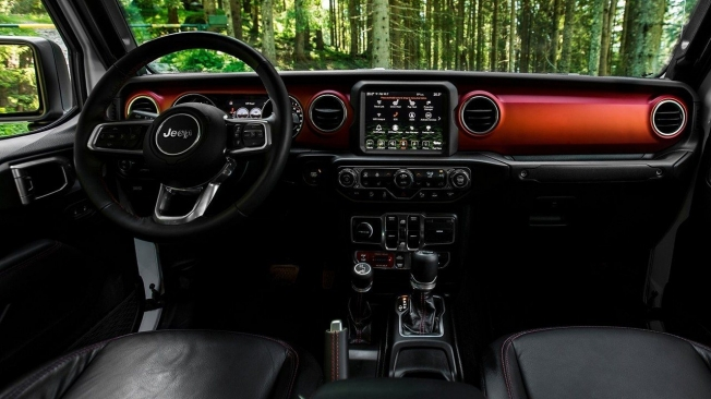 Jeep Gladiator - interior