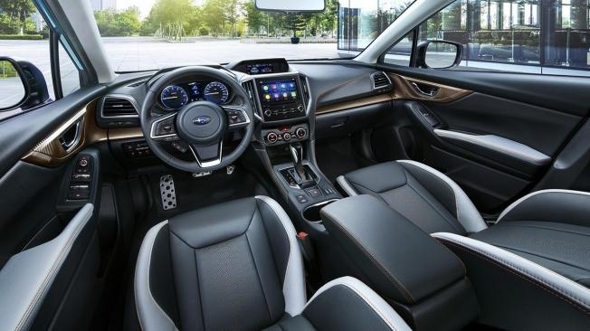Subaru XV Eco Hybrid - interior