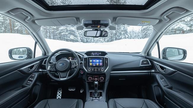 Subaru Impreza Eco Hybrid - interior