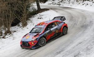 Thierry Neuville lidera la ofensiva de Hyundai en el Rally de Suecia
