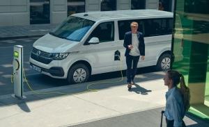 ABT e-Transporter 6.1, la furgoneta de Volkswagen se convierte en eléctrica