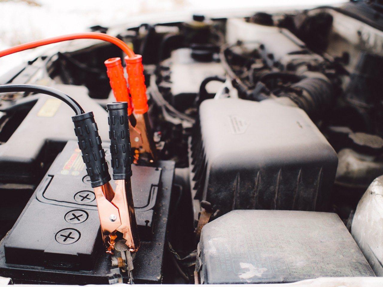 Batería de coche, descripción, tipos y cuidados