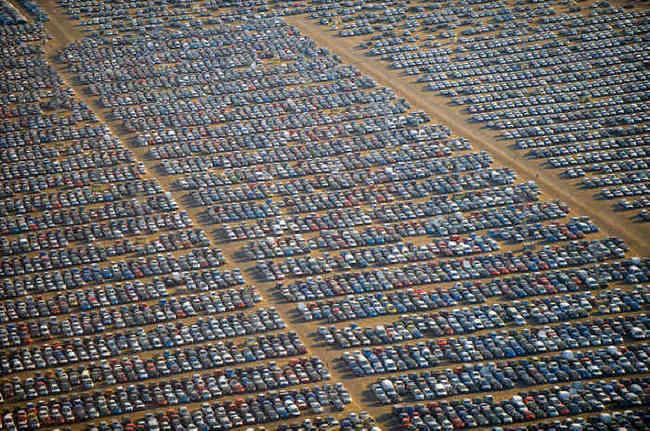 """El coronavirus ha marcado el fin del """"festival"""" de los fabricantes de coches"""