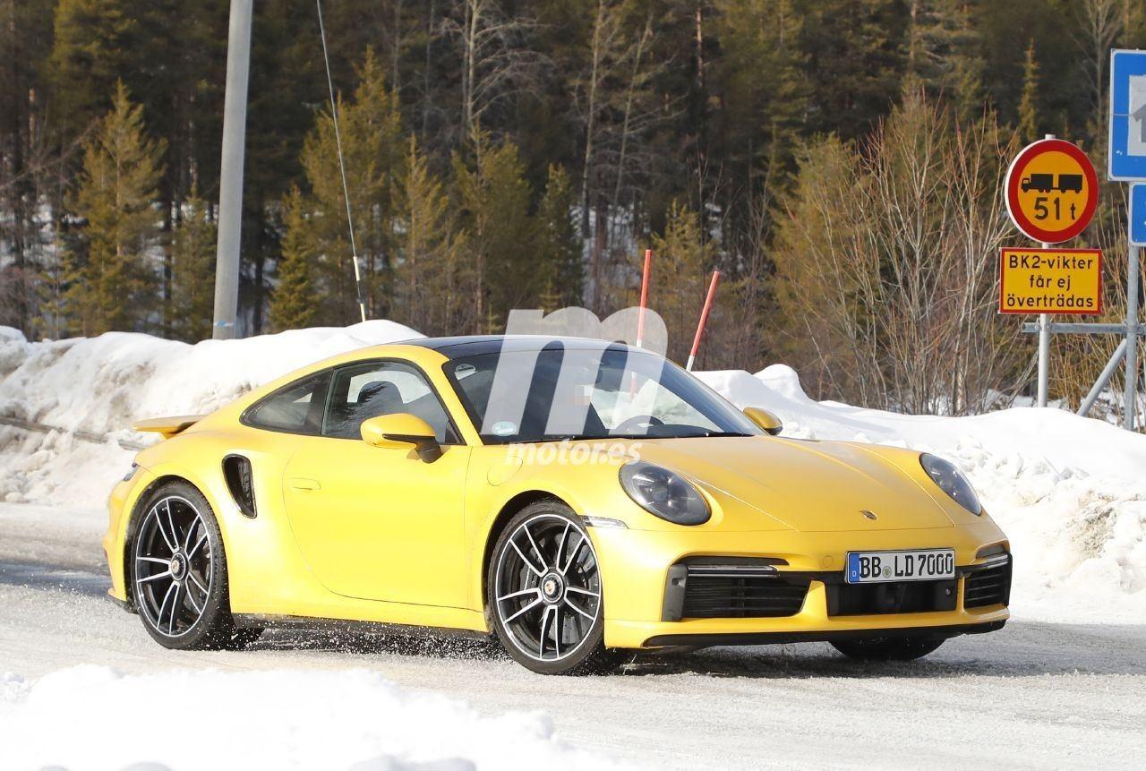 El nuevo Porsche 911 Turbo S, cazado completamente destapado en el norte de Europa