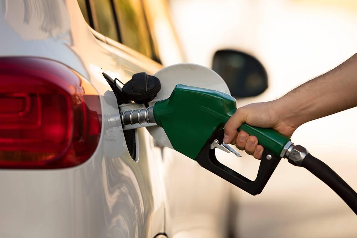 El precio de la gasolina, desplomado por el coronavirus ¿puedo ir a echar?