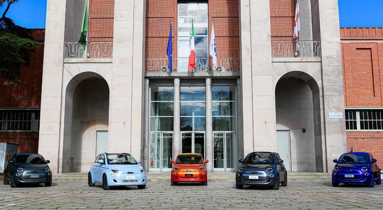 Fiat presenta tres One-off del nuevo 500, firmadas por Armani, Bvlgari y Kartell