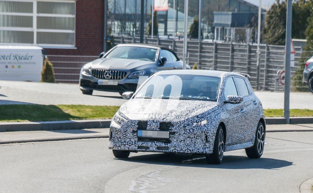 El nuevo Hyundai i20 N rueda más destapado en unas nuevas fotos espía en Nürburgring