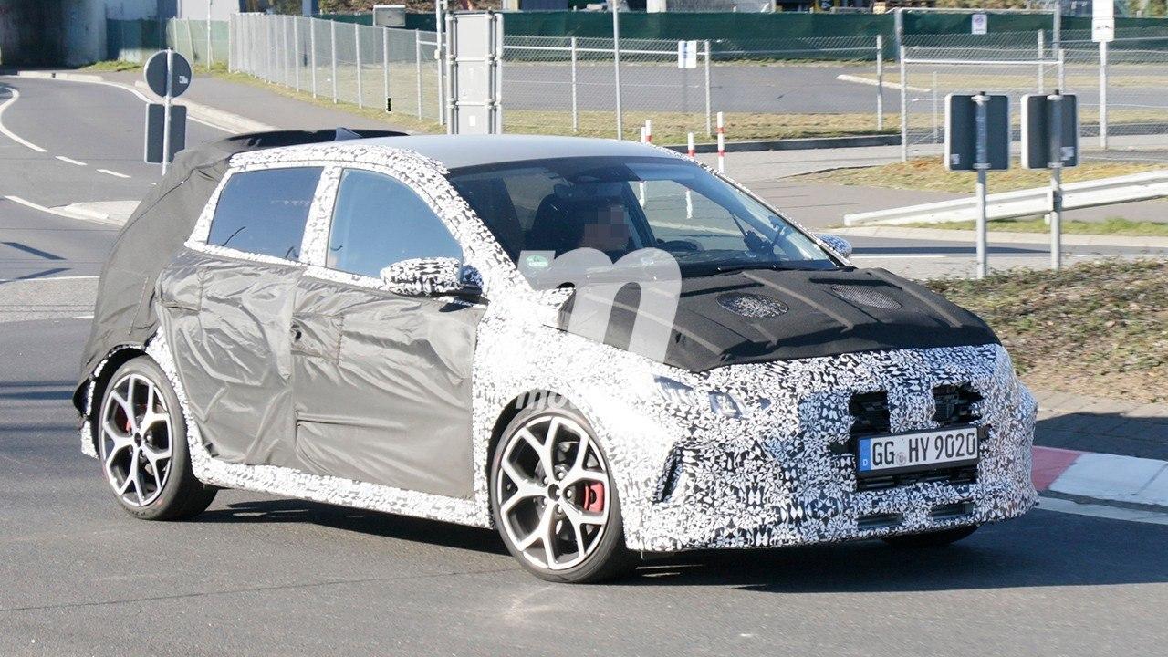 El esperado Hyundai i20 N, el rival temido por el Ford Fiesta ST, pierde camuflaje