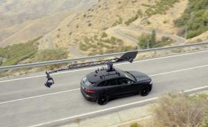 Los Jaguar F-PACE y F-PACE SVR muestran el proceso de filmación de vídeos oficiales