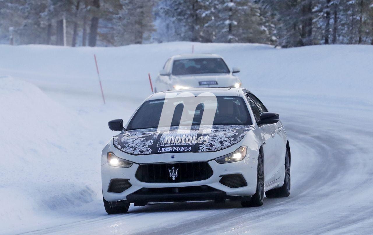 Nuevas fotos espía del Maserati Ghibli 2021 en las pruebas de invierno desvelan un nuevo motor