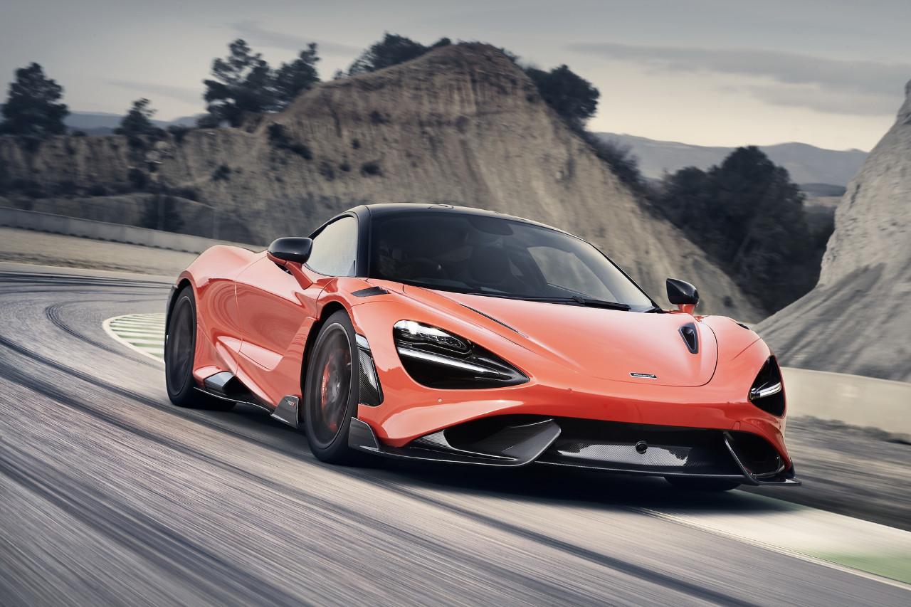 El nuevo McLaren 765LT es una radical versión lightweight de 765 CV