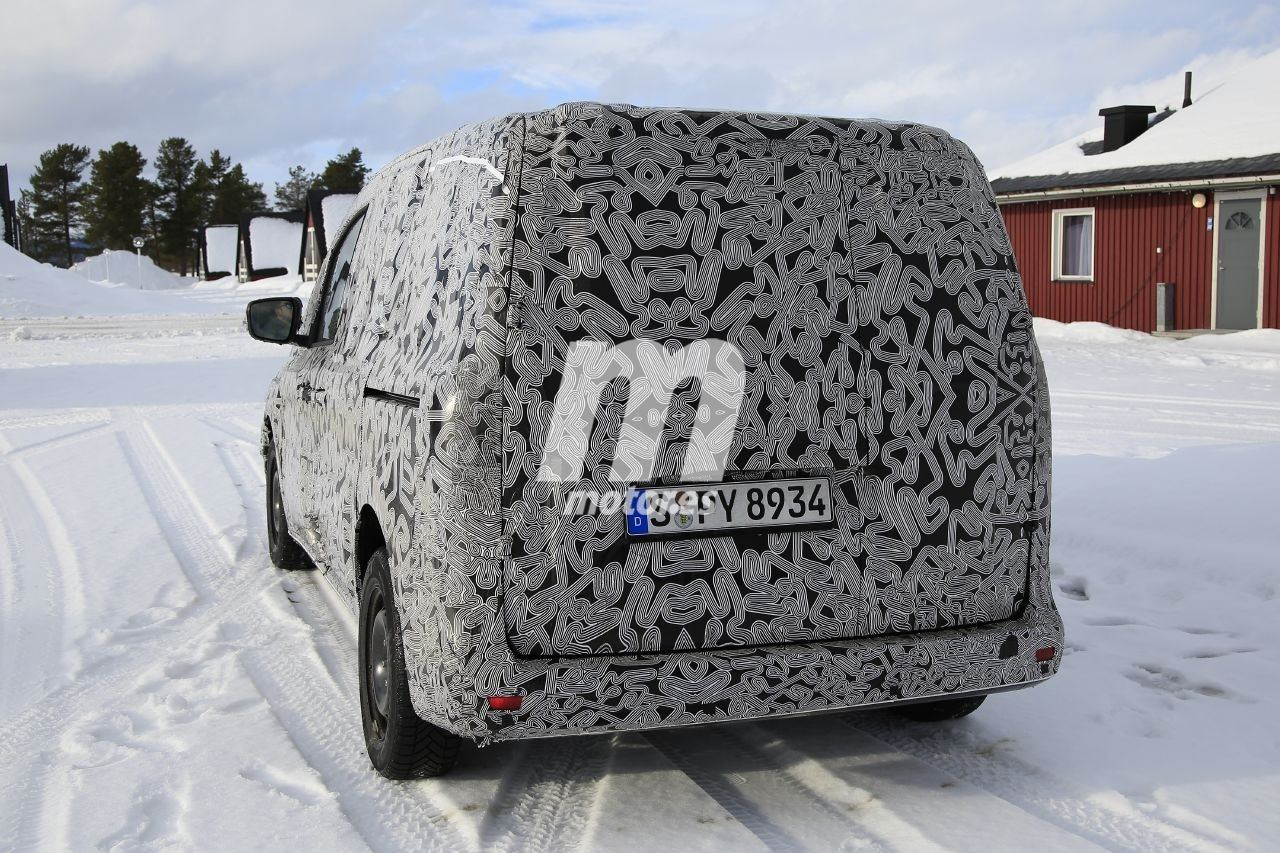 2020 - [Mercedes] Citan II Mercedes-citan-2021-fotos-espia-202065572-1583830294_6
