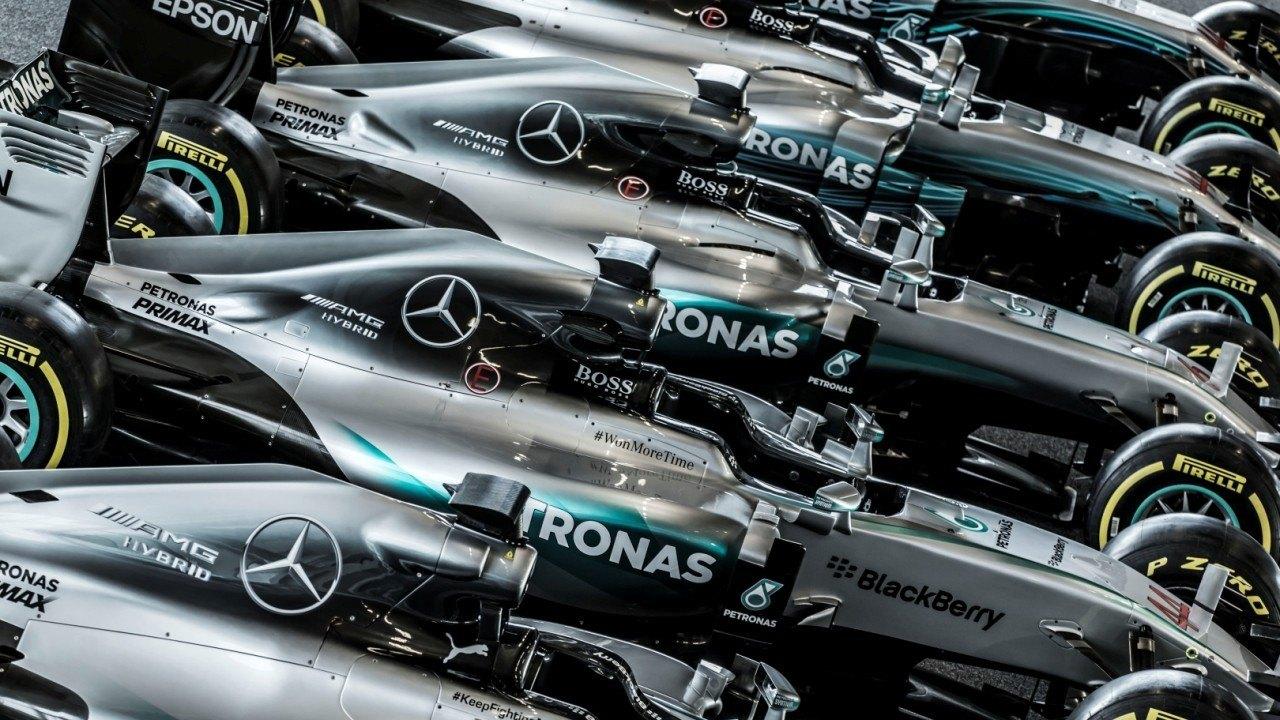 Mercedes se desmarca del resto de equipos tras las quejas a la FIA por el motor Ferrari