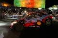 Thierry Neuville duerme líder tras mandar en las calles de Guanajuato