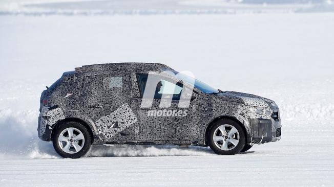 Dacia Sandero Stepway 2021 - foto espía lateral