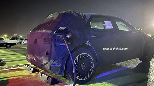 Hyundai 45 - foto espía posterior