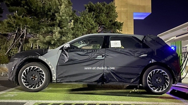 Hyundai 45 - foto espía lateral