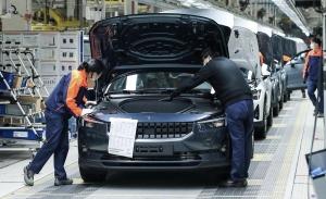 La producción del Polestar 2, el esperado rival del Tesla Model 3, está en marcha