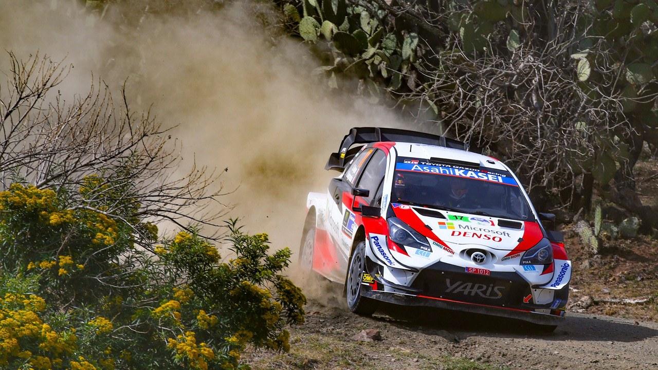 Sébastien Ogier aprieta los dientes en el inicio del Rally de México