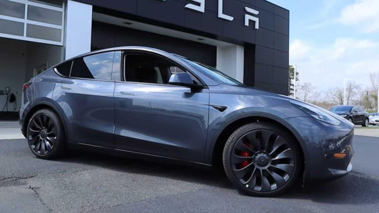 El coronavirus no cancela las entregas del nuevo Tesla Model Y en California
