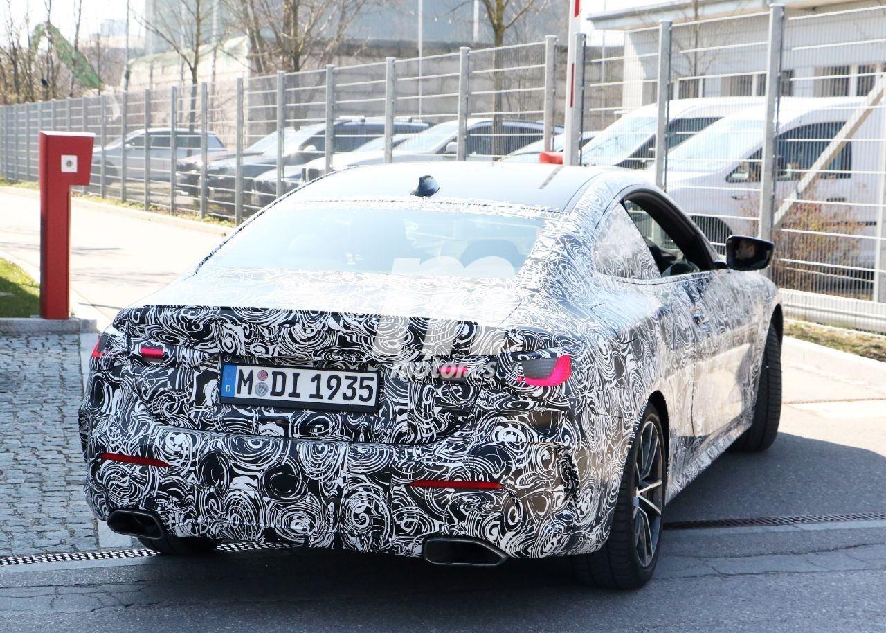 BMW Serie 4 [G22-G23] (2020) 32