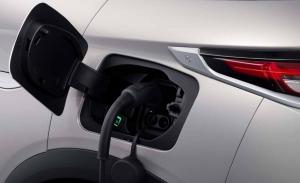 Cuatro consejos esenciales para comprar un coche eléctrico