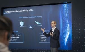 Daimler investiga diferentes componentes para las baterías de los eléctricos del futuro