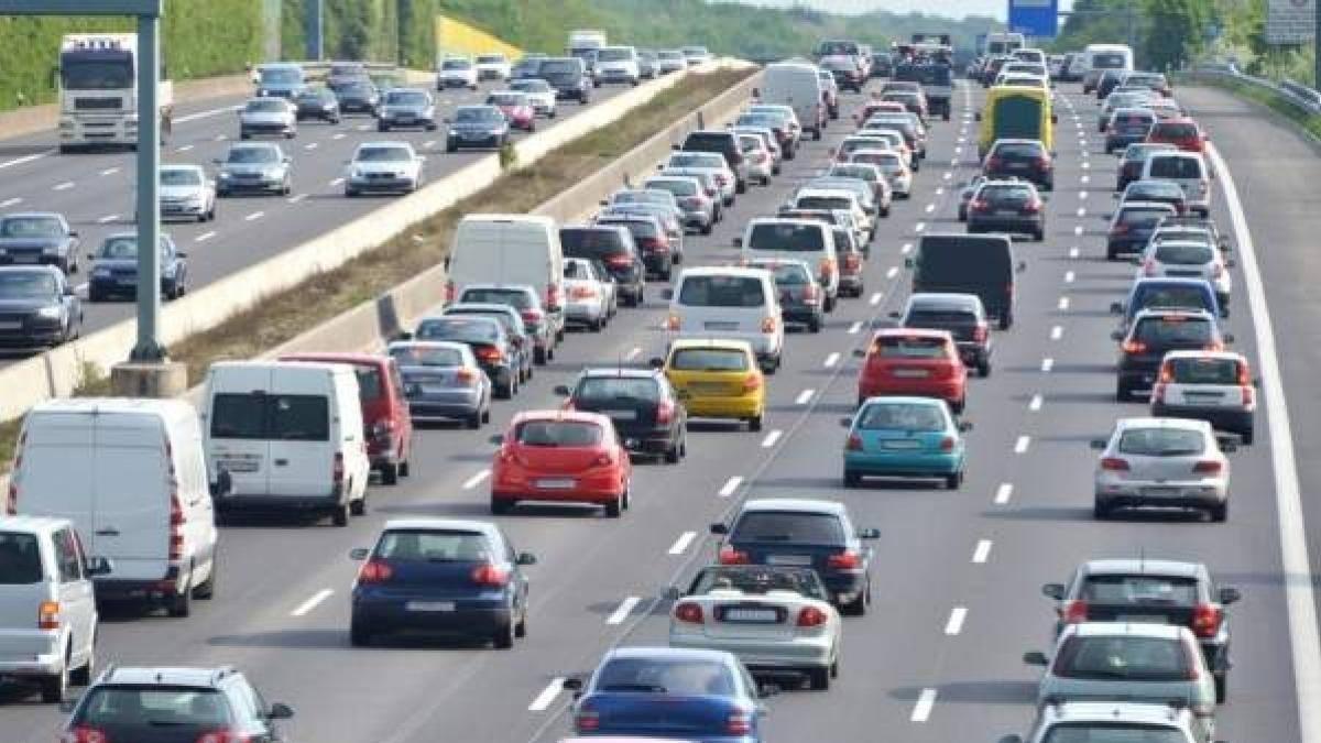 Consejos para evitar dos grandes peligros de la conducción, el estrés y la soledad