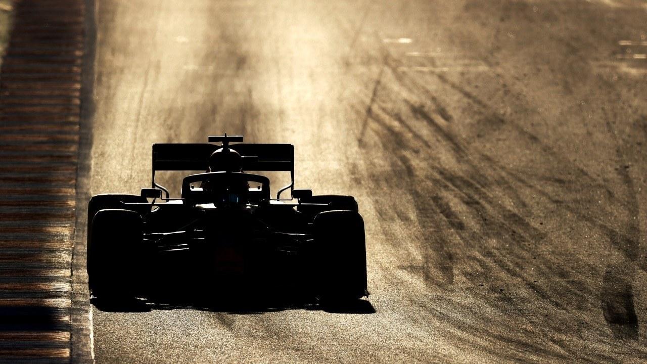 La F1 valora GP de dos días y menos test en 2021 por si la temporada 2020 llega a enero