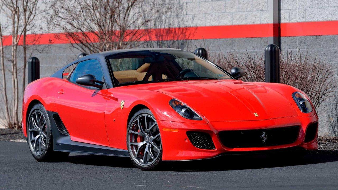 Aparece un Ferrari 599 GTO de 2011 casi a estrenar