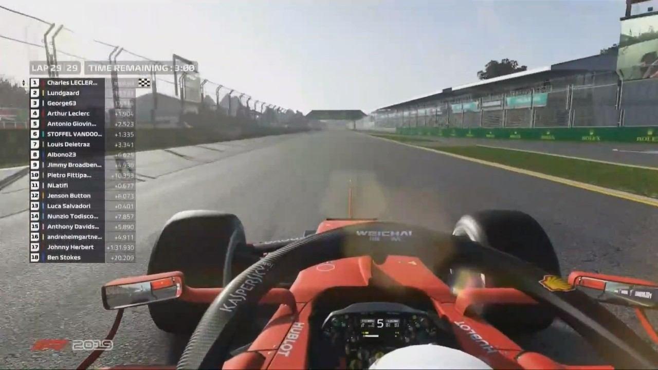 Leclerc se estrena con victoria en el segundo GP virtual de la F1 en Albert Park