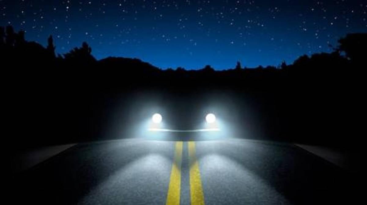 Todas las luces del coche y cómo se utilizan