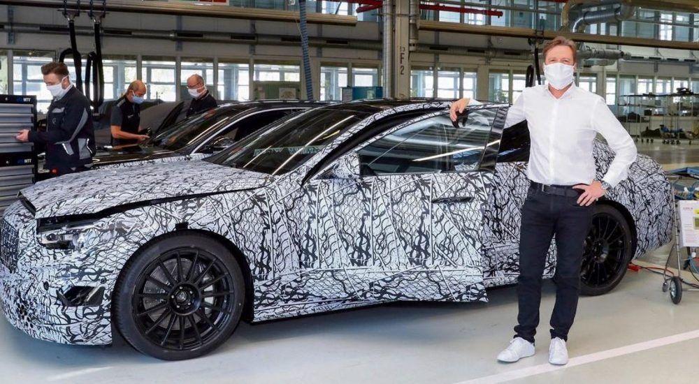 Mercedes muestra la primera foto espía del nuevo AMG S 63 2022