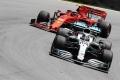 Ecclestone no ve a Hamilton en Ferrari junto a Leclerc: «No sobreviviría»