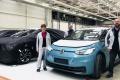 Las preseries de producción del nuevo Volkswagen ID.4 posan en la factoría de Zwickau
