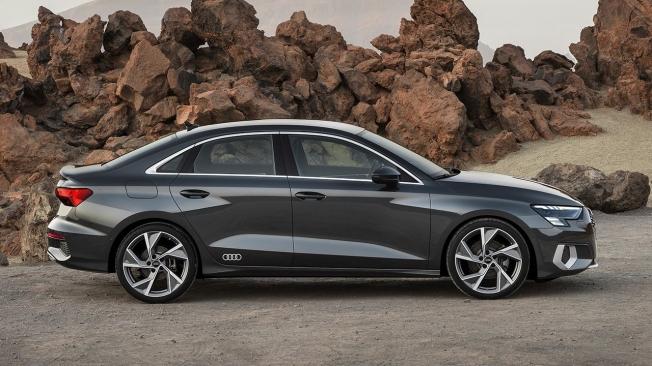 Audi A3 Sedán 2020 - lateral