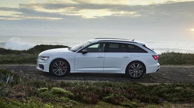 Audi A6 Avant 55 TFSI e quattro - lateral