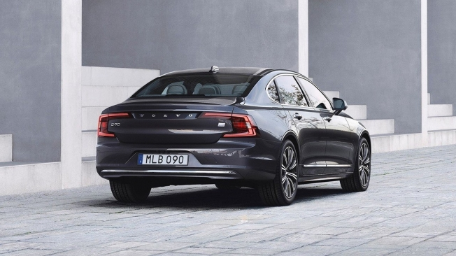 Volvo S90 T8 Recharge AWD - posterior
