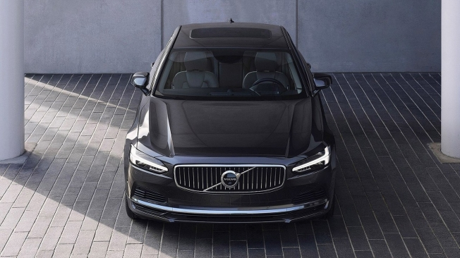 Volvo S90 - frontal