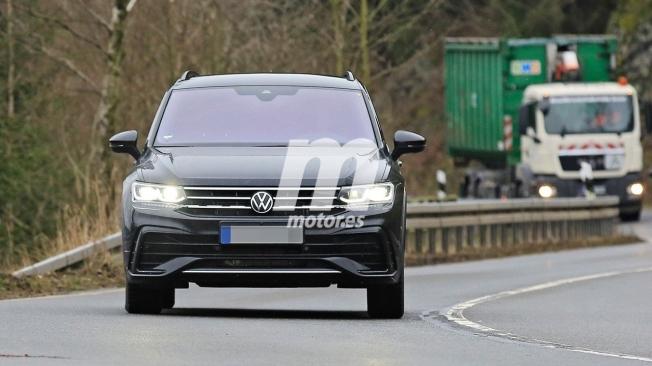 Volkswagen Tiguan 2020 - foto espía frontal