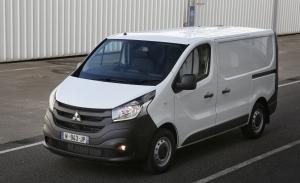 Mitsubishi Express, llega a Australia una versión relogotipada del Renault Trafic