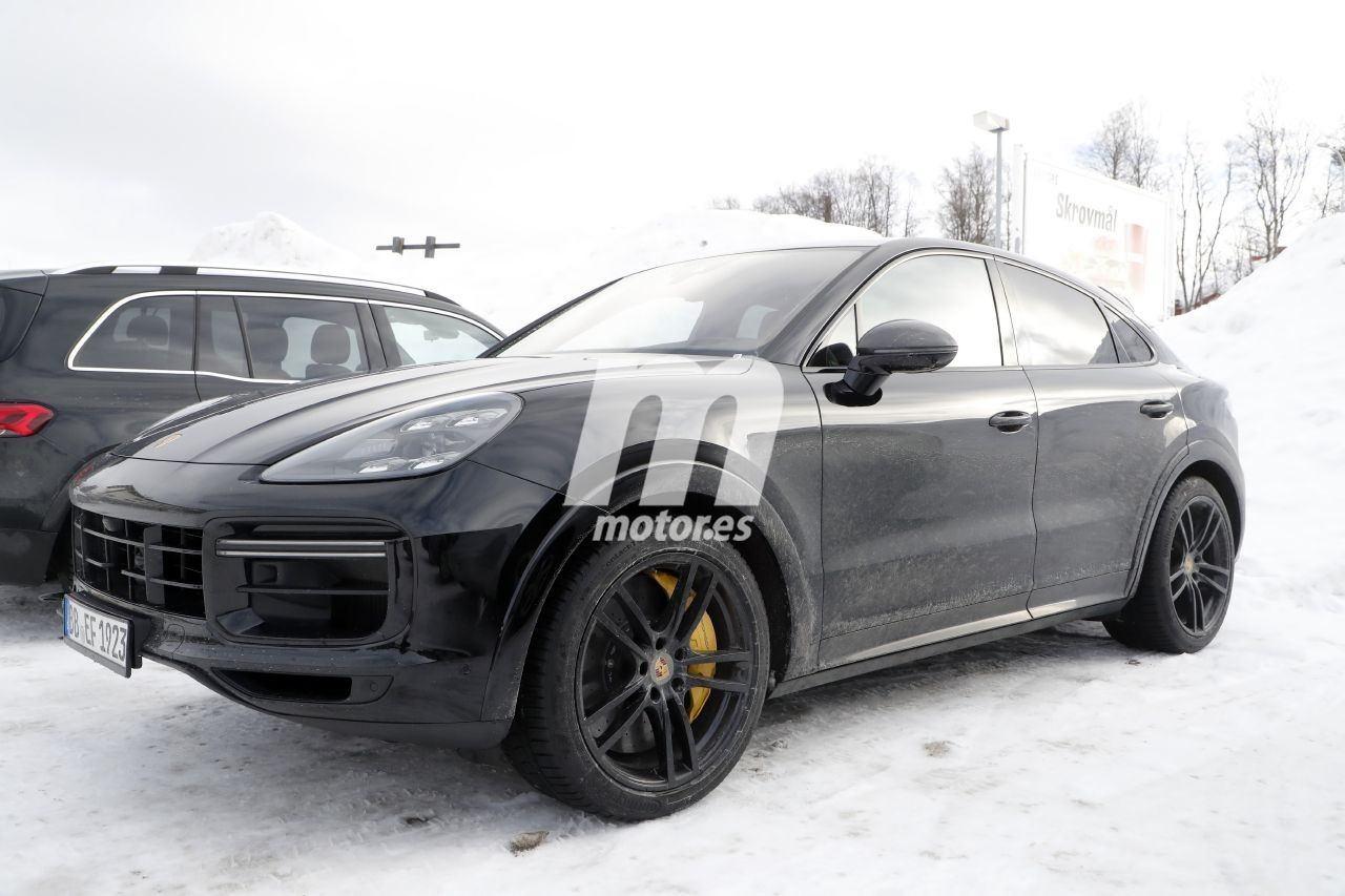 2019 [Porsche] Cayenne coupé - Page 6 Porsche-cayenne-coupe-turbo-gt-2021-fotos-espia-202066386-1586335692_7