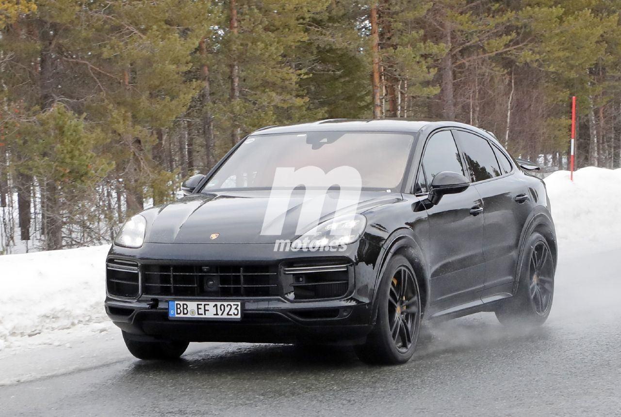 2019 [Porsche] Cayenne coupé - Page 6 Porsche-cayenne-coupe-turbo-gt-2021-fotos-espia-202066386-1586335813_10